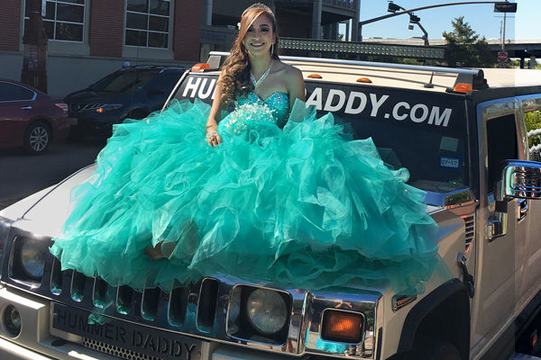 new-category-thumbs-quinceanera-2
